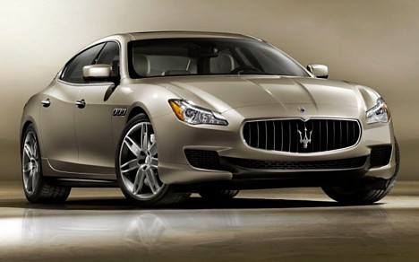 Maserati Quattroporte at the Detroit auto show 2013